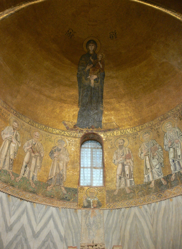Torcello_-_Santa_Maria_Assunta_-_mosaics_of_the_choir