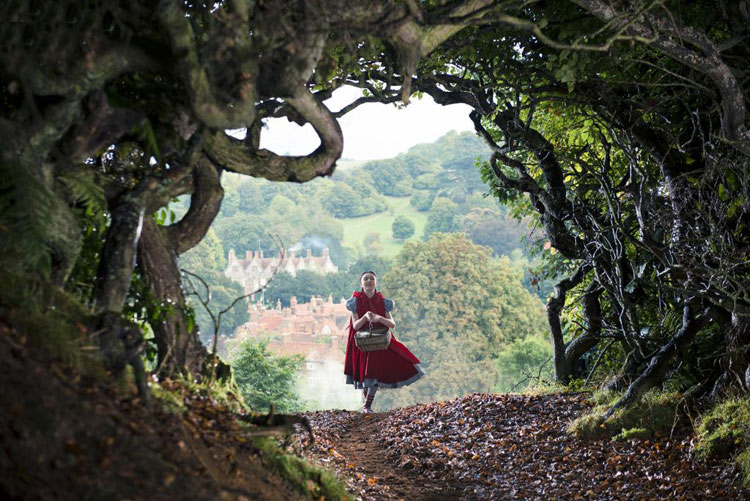 Into-The-Woods-Movie-Promotional-Images-Tom-Lorenzo-Site-3